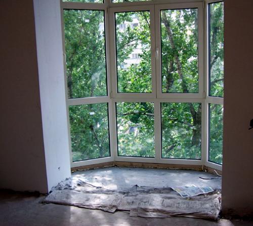 Эркерный балкон остекление..